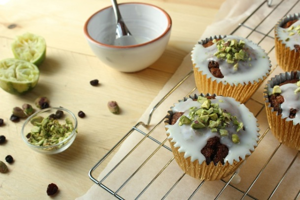 pistachio courgette and lime cupcakes